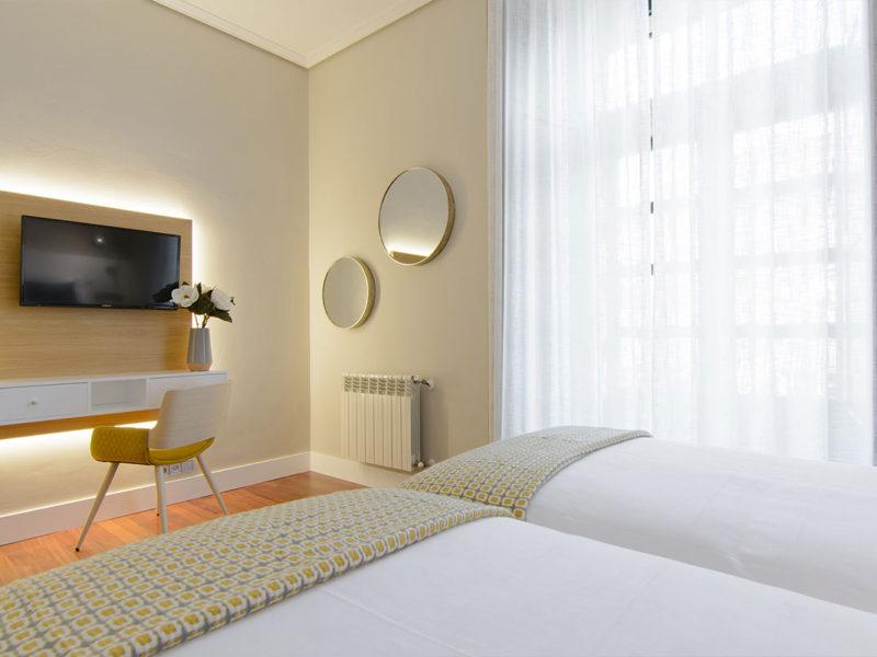 Habitación hotel Baiona Mendoza 9