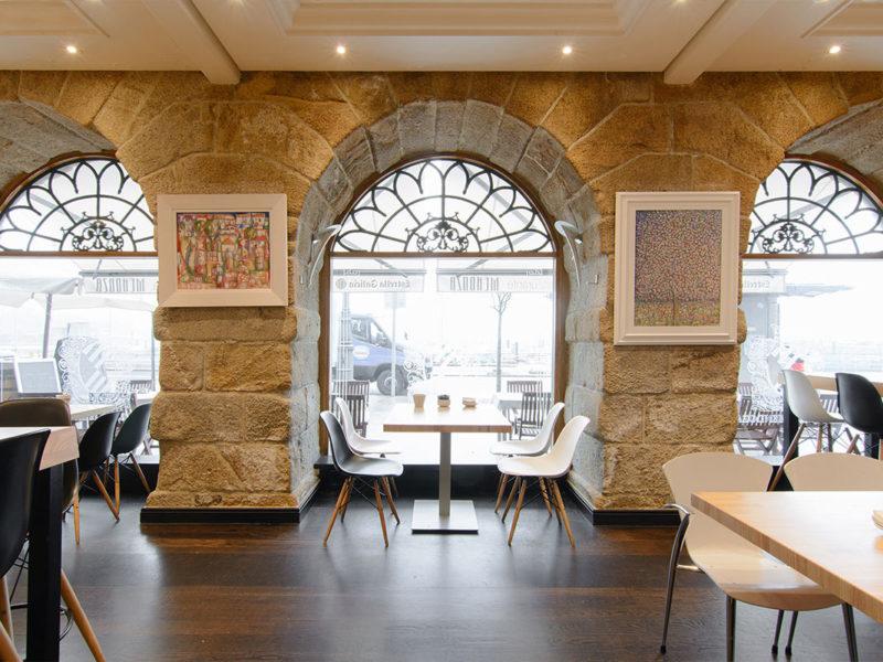 zona arcos interior restaurante taberna mendoza
