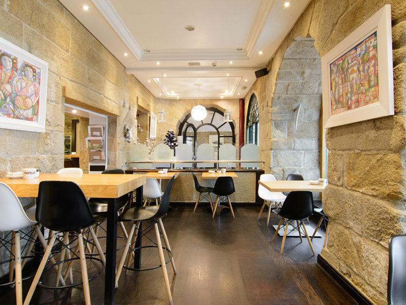 interior restaurante baiona pazo mendoza